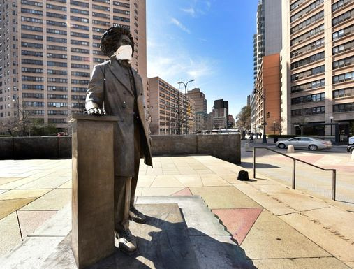 Fredrick Douglass statue Harlem
